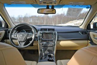 2017 Toyota Camry Hybrid XLE Naugatuck, Connecticut 18