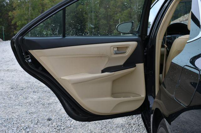 2017 Toyota Camry Hybrid XLE Naugatuck, Connecticut 11