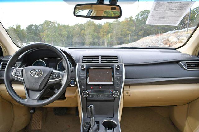 2017 Toyota Camry Hybrid XLE Naugatuck, Connecticut 15