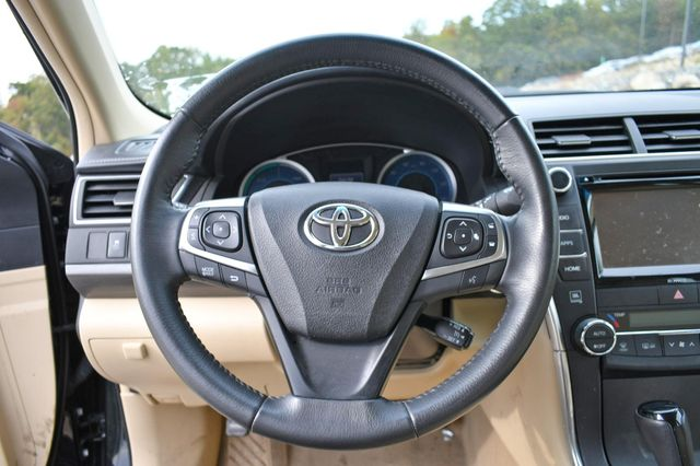 2017 Toyota Camry Hybrid XLE Naugatuck, Connecticut 20