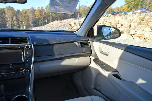2017 Toyota Camry Hybrid XLE Naugatuck, Connecticut 17