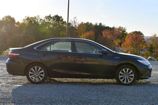 2017 Toyota Camry Hybrid XLE Naugatuck, Connecticut 5