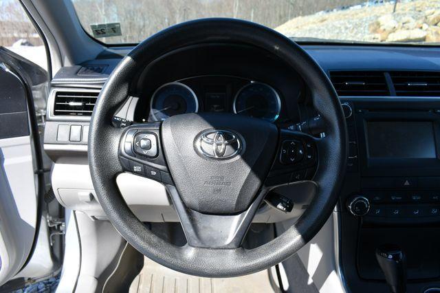 2017 Toyota Camry LE Naugatuck, Connecticut 20
