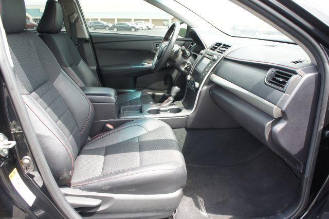 2017 Toyota Camry SE in San Antonio, TX 78233