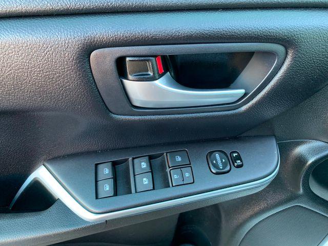 2017 Toyota Camry SE 5 YEAR/60,000 MILE FACTORY POWERTRAIN WARRANTY Mesa, Arizona 15