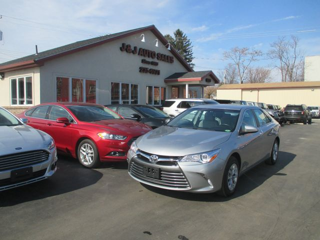 2017 Toyota Camry SE in Troy, NY 12182