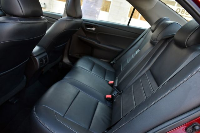 2017 Toyota Camry XLE Waterbury, Connecticut 19