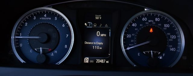 2017 Toyota Camry XLE Waterbury, Connecticut 33