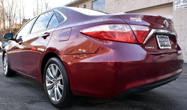2017 Toyota Camry XLE Waterbury, Connecticut 5