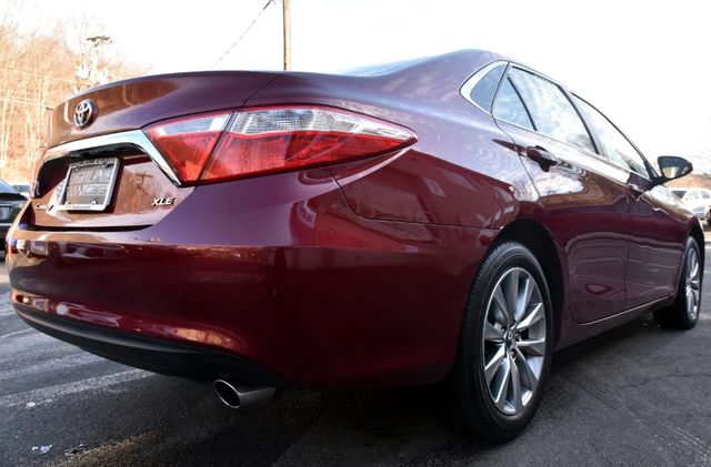 2017 Toyota Camry XLE Waterbury, Connecticut 7