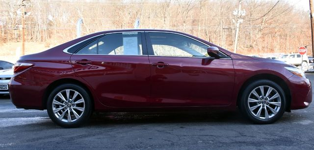 2017 Toyota Camry XLE Waterbury, Connecticut 8