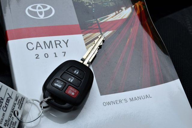 2017 Toyota Camry LE Waterbury, Connecticut 25