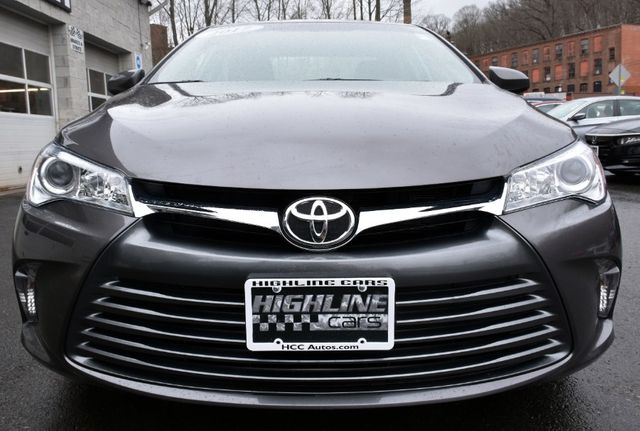 2017 Toyota Camry LE Waterbury, Connecticut 8