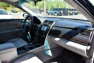 2017 Toyota Camry LE Auto Waterbury, Connecticut 17