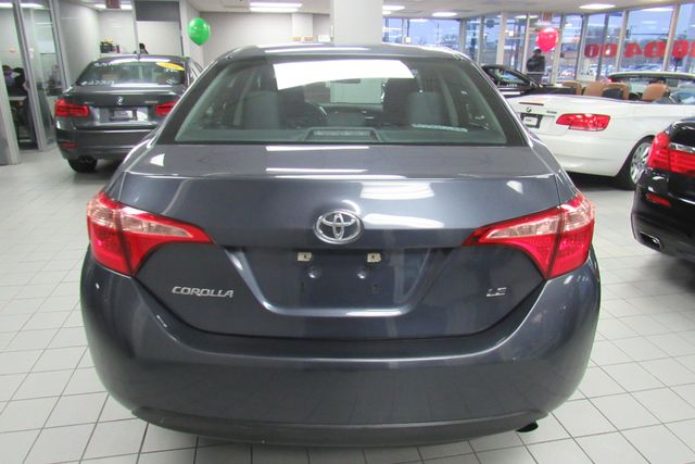 2017 Toyota Corolla LE Chicago, Illinois 4