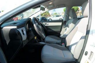 2017 Toyota Corolla LE Hialeah, Florida 9