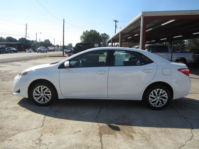 2017 Toyota Corolla LE Houston, Mississippi 1