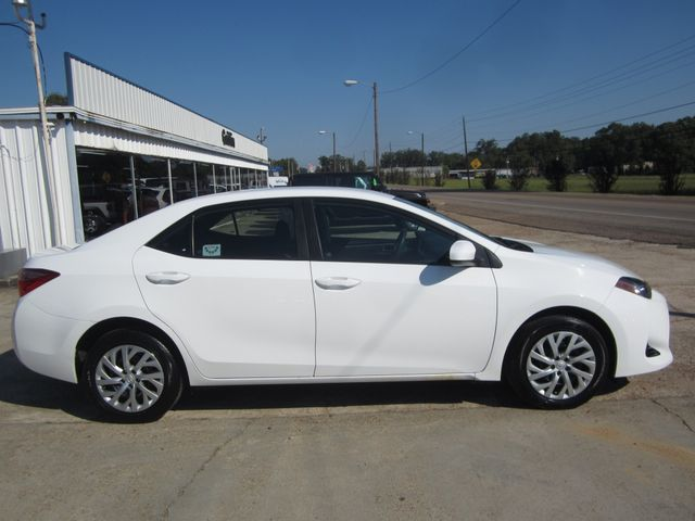 2017 Toyota Corolla LE Houston, Mississippi 3