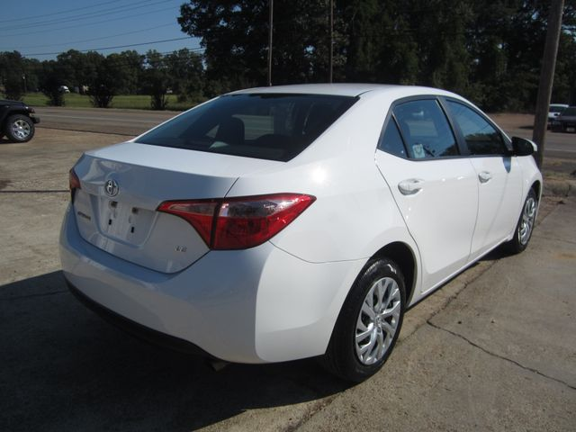 2017 Toyota Corolla LE Houston, Mississippi 5