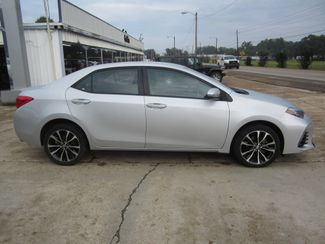 2017 Toyota Corolla SE Houston, Mississippi 3