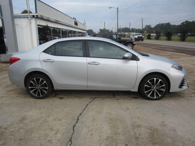 2017 Toyota Corolla SE Houston, Mississippi 3