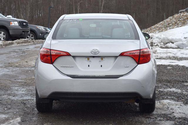2017 Toyota Corolla LE Naugatuck, Connecticut 3