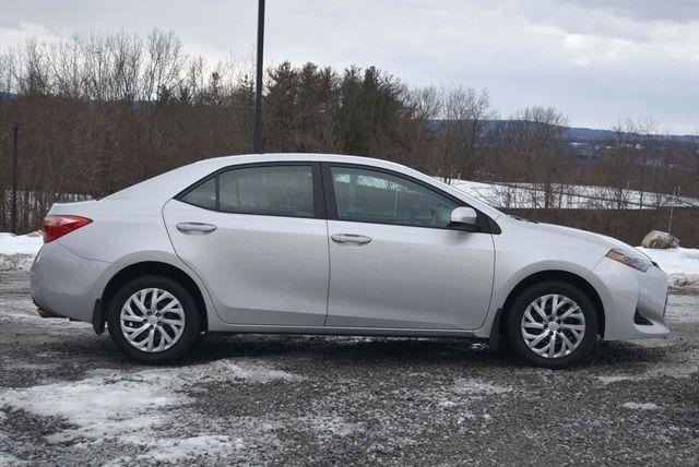 2017 Toyota Corolla LE Naugatuck, Connecticut 5