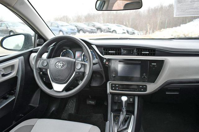 2017 Toyota Corolla LE Naugatuck, Connecticut 15