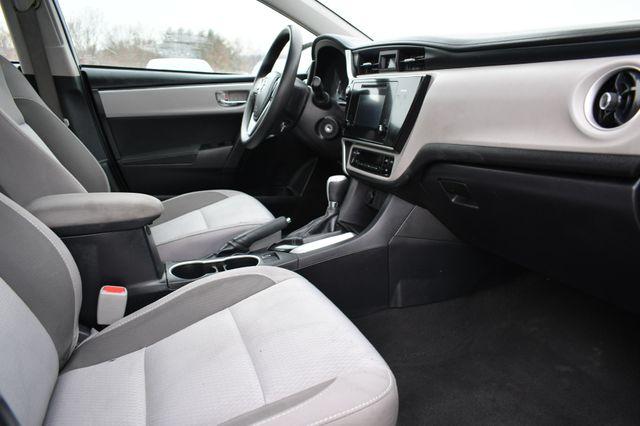 2017 Toyota Corolla LE Naugatuck, Connecticut 8