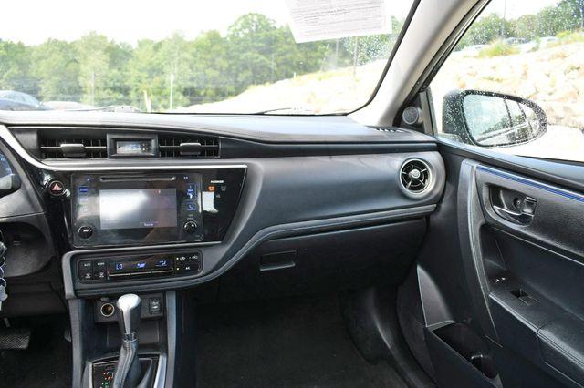 2017 Toyota Corolla SE Naugatuck, Connecticut 13