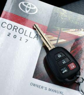 2017 Toyota Corolla LE Waterbury, Connecticut 33