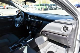 2017 Toyota Corolla LE Waterbury, Connecticut 17