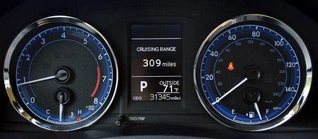 2017 Toyota Corolla LE Waterbury, Connecticut 24