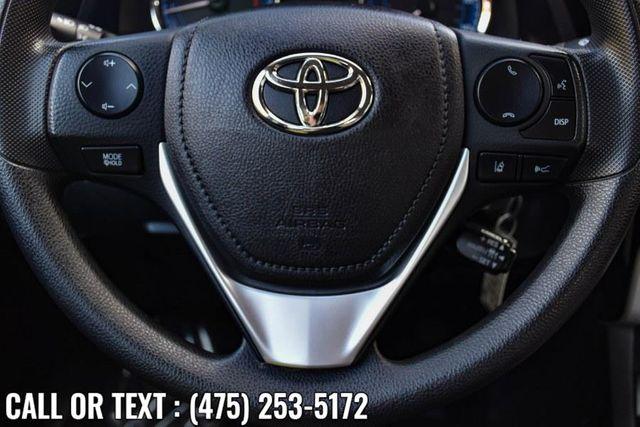 2017 Toyota Corolla LE Waterbury, Connecticut 22