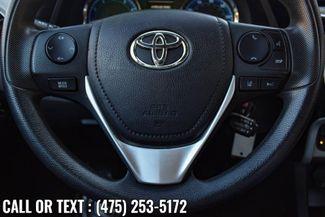 2017 Toyota Corolla LE Waterbury, Connecticut 23