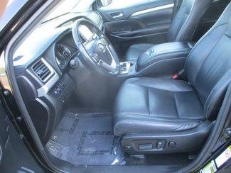2017 Toyota Highlander XLE Farmington, MN 2