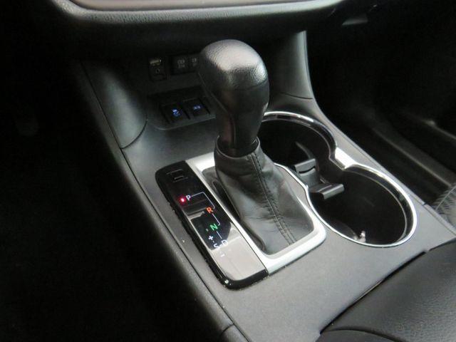 2017 Toyota Highlander LE in McKinney, Texas 75070