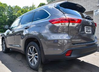 2017 Toyota Highlander XLE Waterbury, Connecticut 3