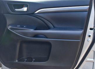 2017 Toyota Highlander SE V6 AWD Waterbury, Connecticut 27