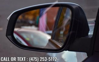 2017 Toyota Highlander SE V6 AWD Waterbury, Connecticut 11