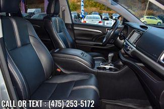 2017 Toyota Highlander SE V6 AWD Waterbury, Connecticut 25