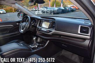 2017 Toyota Highlander SE V6 AWD Waterbury, Connecticut 26