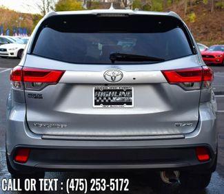 2017 Toyota Highlander SE V6 AWD Waterbury, Connecticut 5