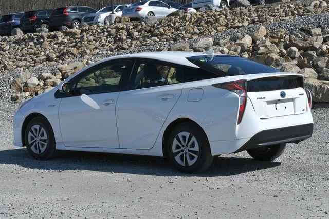 2017 Toyota Prius Naugatuck, Connecticut 4