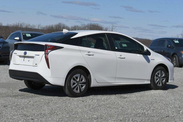 2017 Toyota Prius Naugatuck, Connecticut 7