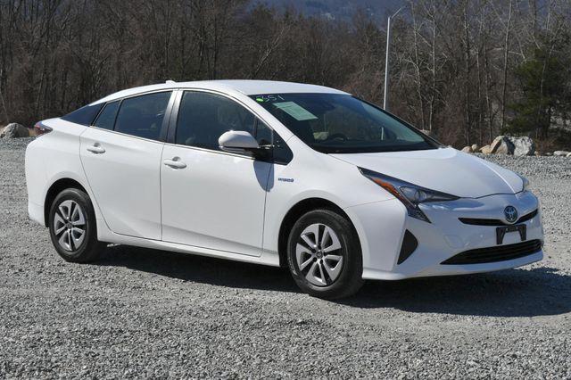 2017 Toyota Prius Naugatuck, Connecticut 11