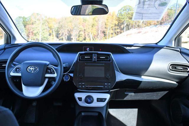 2017 Toyota Prius Naugatuck, Connecticut 17