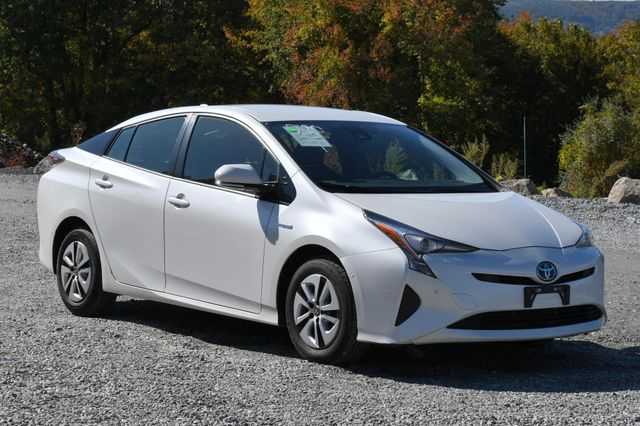 2017 Toyota Prius Naugatuck, Connecticut 6