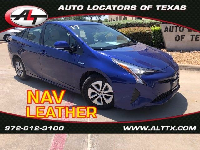 2017 Toyota Prius Two with LEATHER