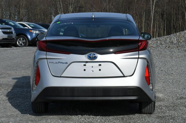 2017 Toyota Prius Prime Naugatuck, Connecticut 3